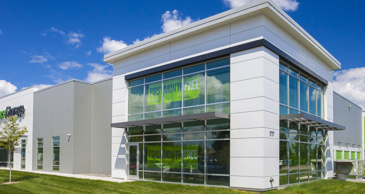 1717 W River Rd   Minneapolis, MN — 29,000 SF climate controlled self storage facility