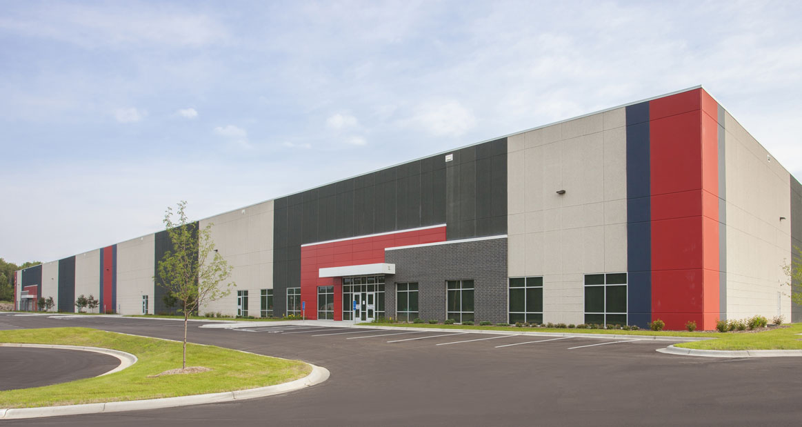 Gateway   Eagan, MN — 310,000 SF master planned industrial park. Purchased unentitled, worked through rezoning, building 147,000 SF on a speculative basis. Now 100% occupied with one land parcel available