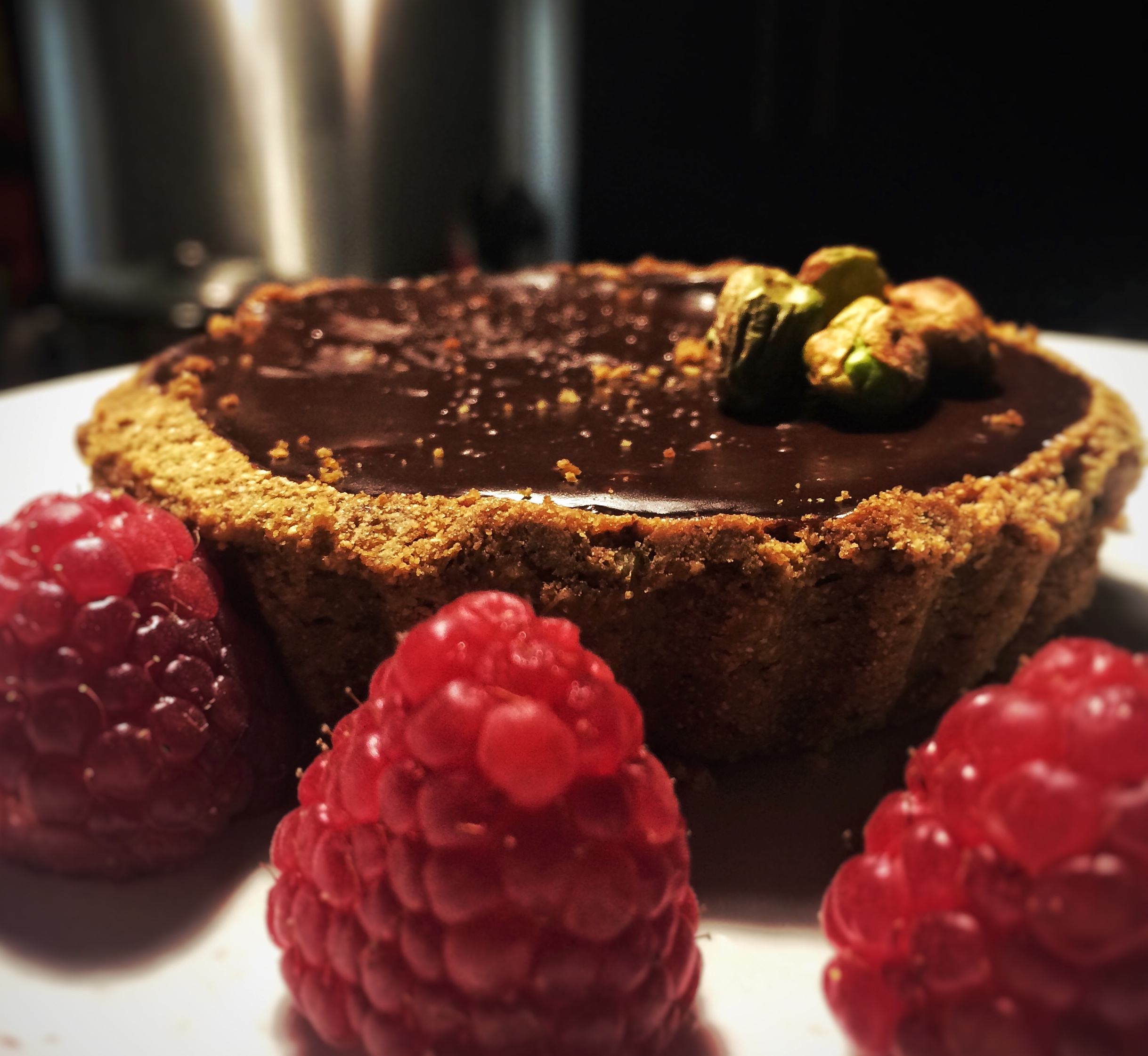 Delicious pistachio and chocolate tart, gluten free and really low in sugar, you wouldn't even know it!