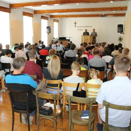 Pastor Training in the Czech Republic - The Czech Bible Institute exists to glorify the Lord Jesus Christ and serve the local church through partnering together to teach and equip faithful men and women for the work of the ministry.