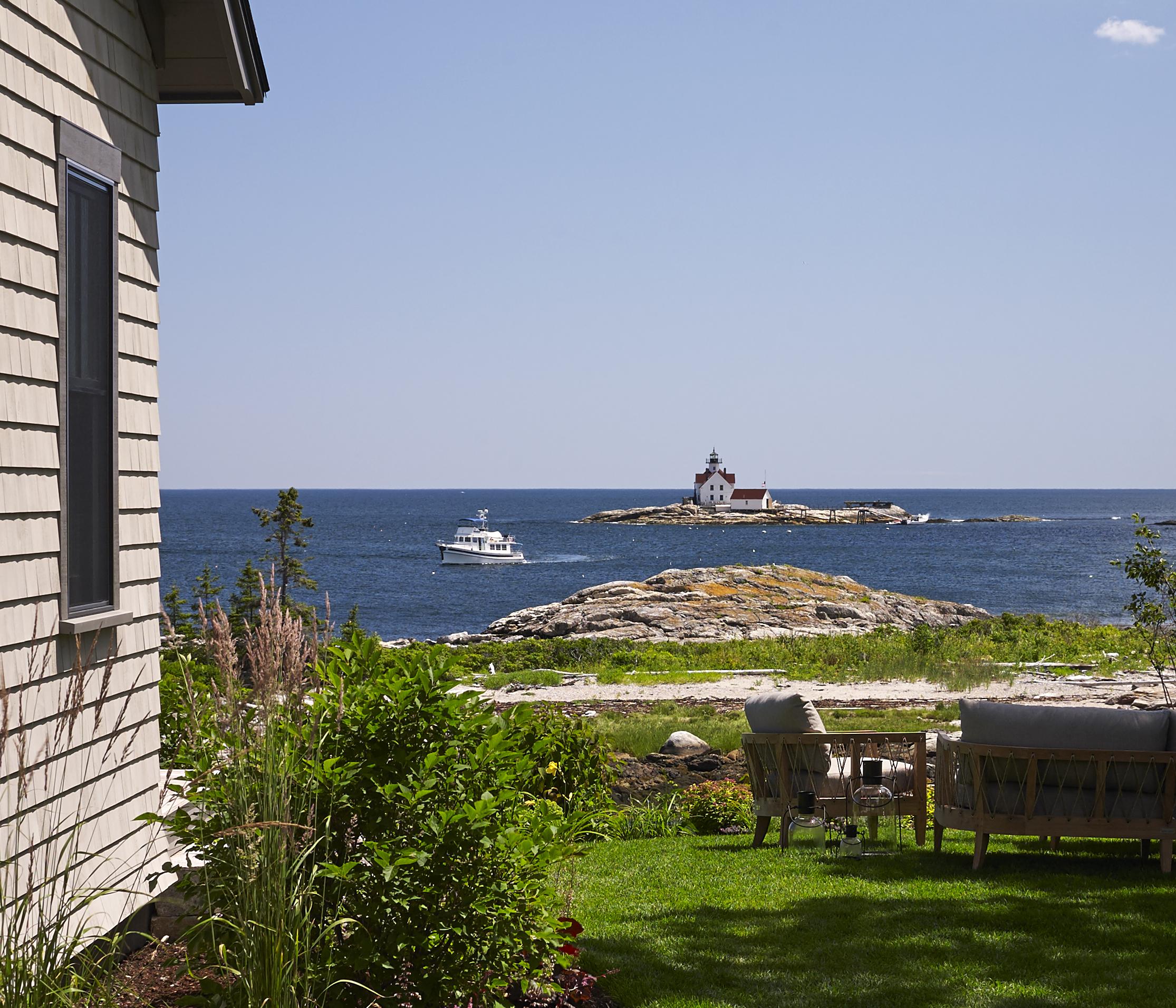 TownLanding_lighthouse_cropped.jpg