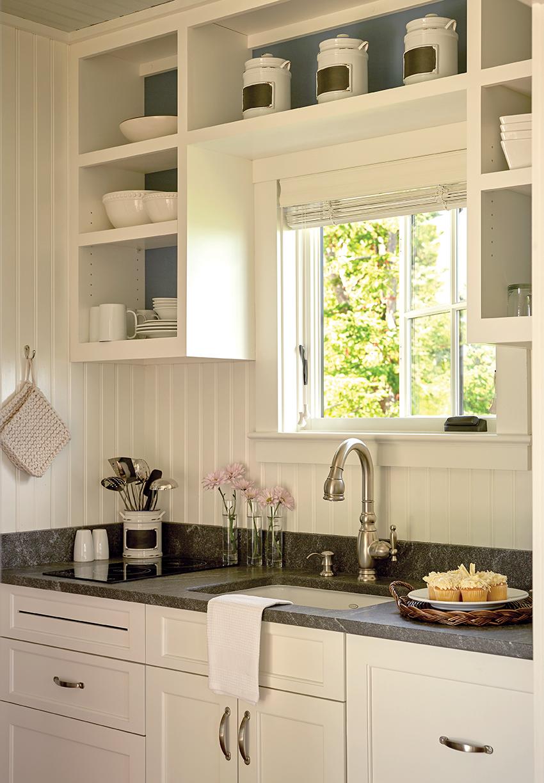 cottage_kitchen sm.jpg