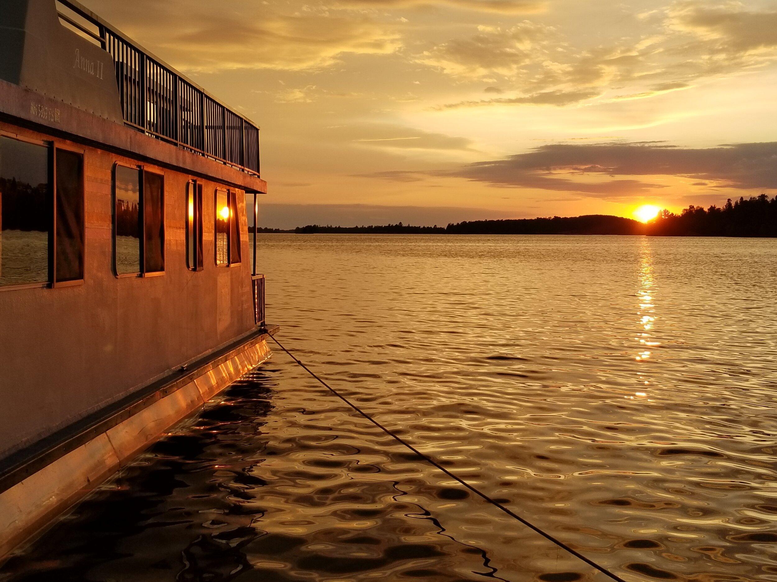Shelley_Gerjets_HouseboatWithSunset.jpg