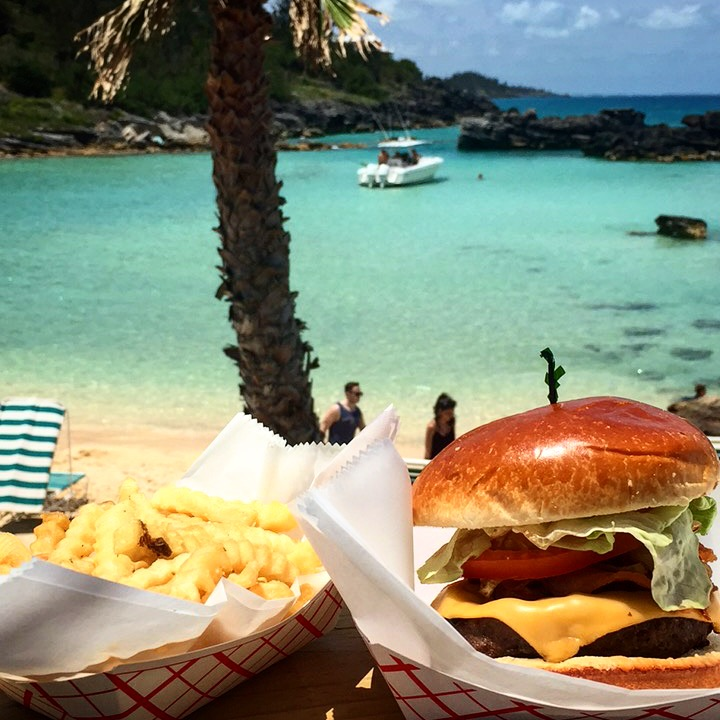 Casual lunch, but a pretty good burger from Tobacco Bay.