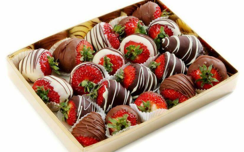 strawberry gift box.jpg
