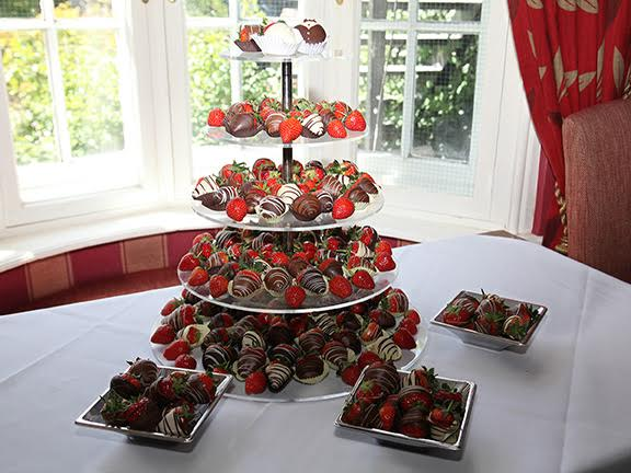 5 Tier tower - at the Three salmons 1.jpg