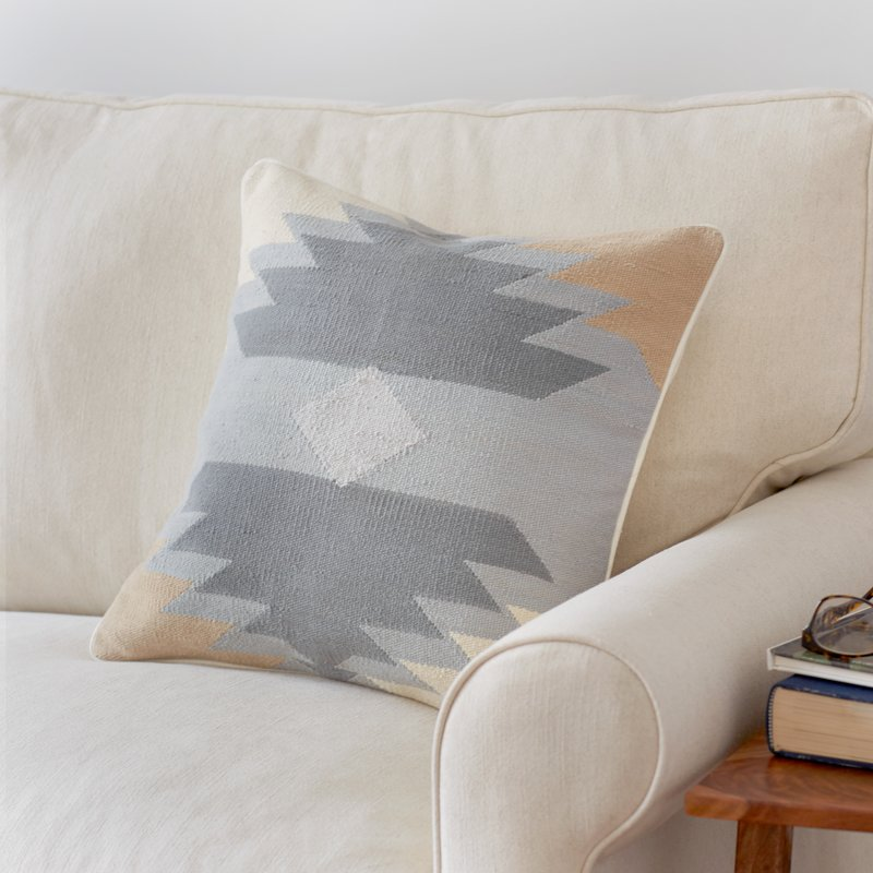 toss pillows home decor 5.jpg