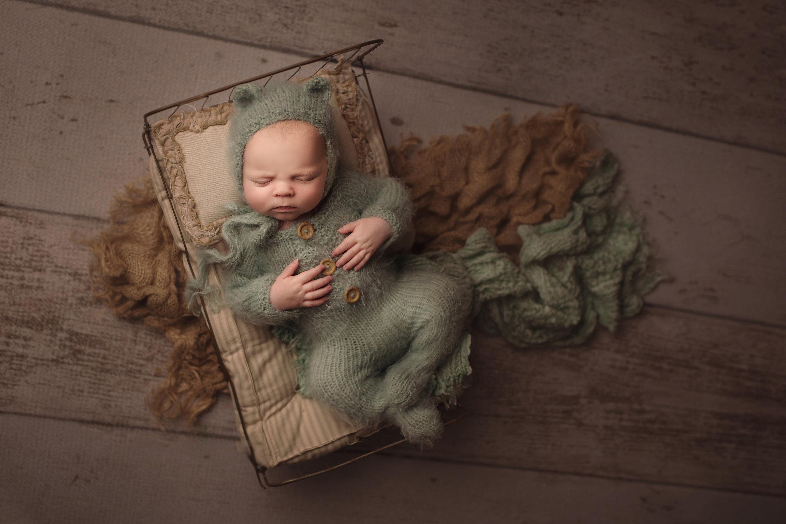 Jax 19 days old - Photography By Natasha