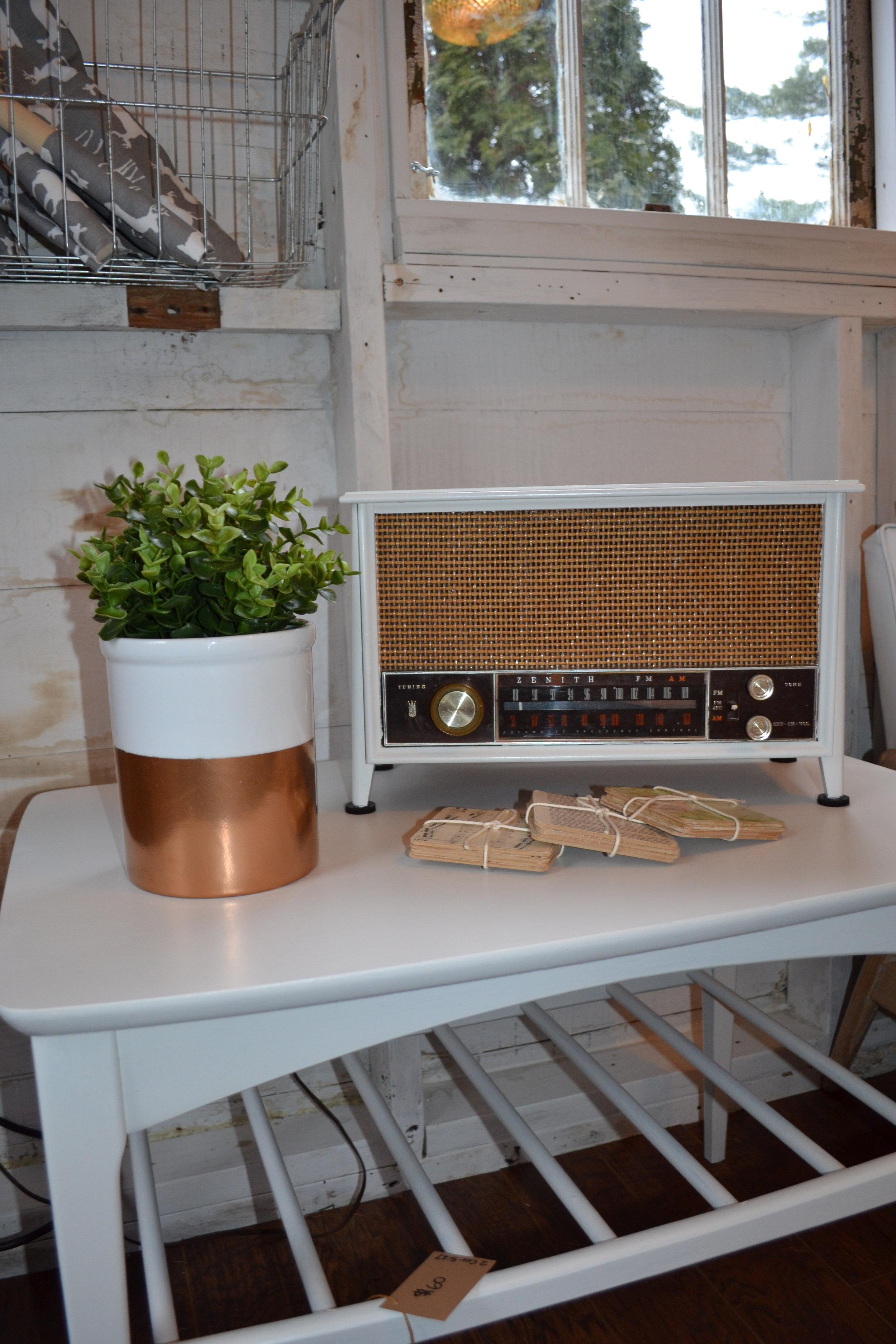 Yes, the radio still works!