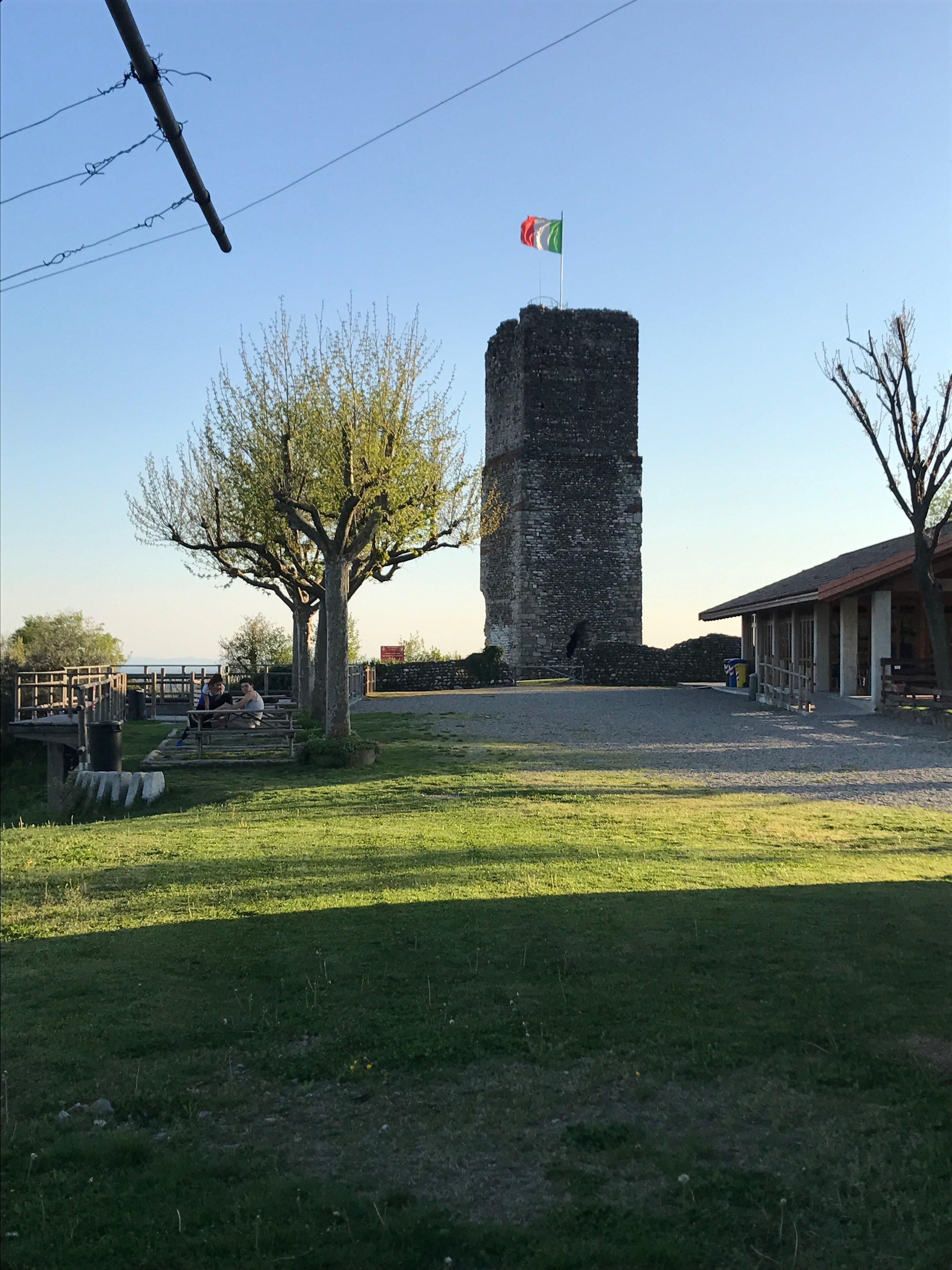 Gattinara - park at the tower.jpg