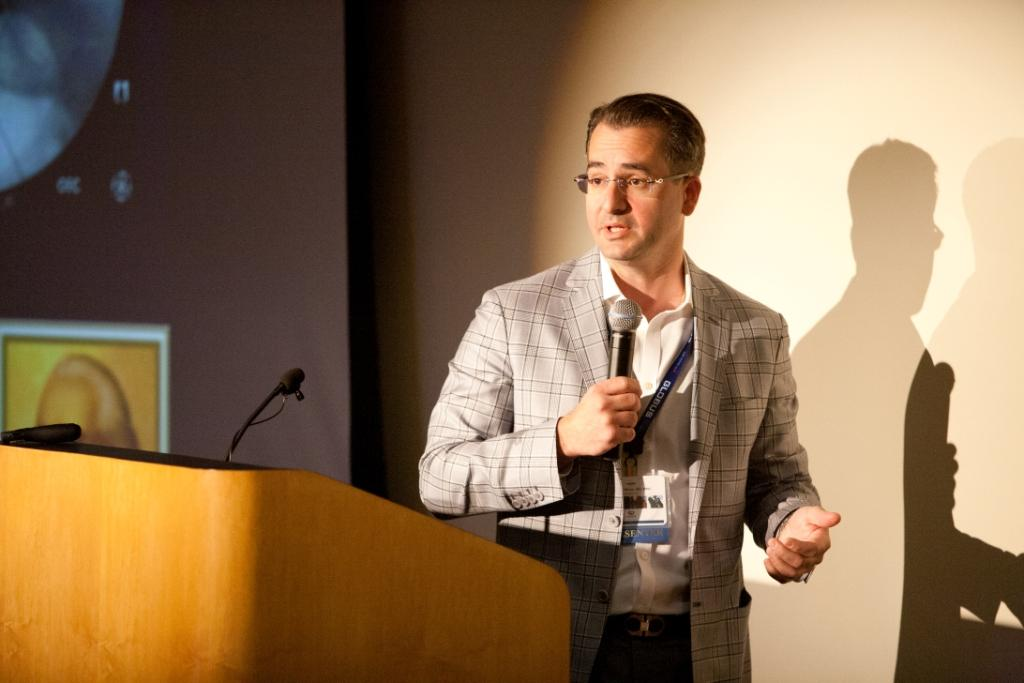 obrien talking ResearchSymposium2014-69.jpg