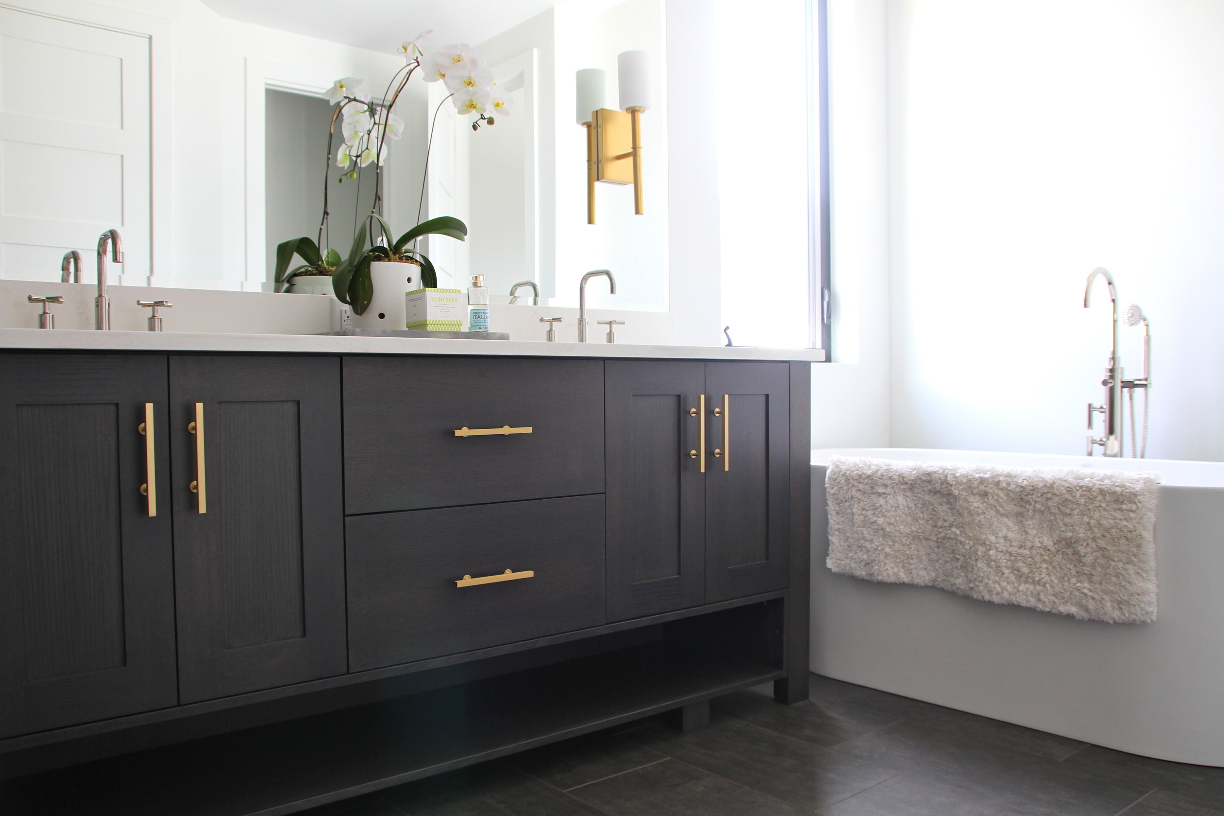Lakeview Heights Master Bathroom