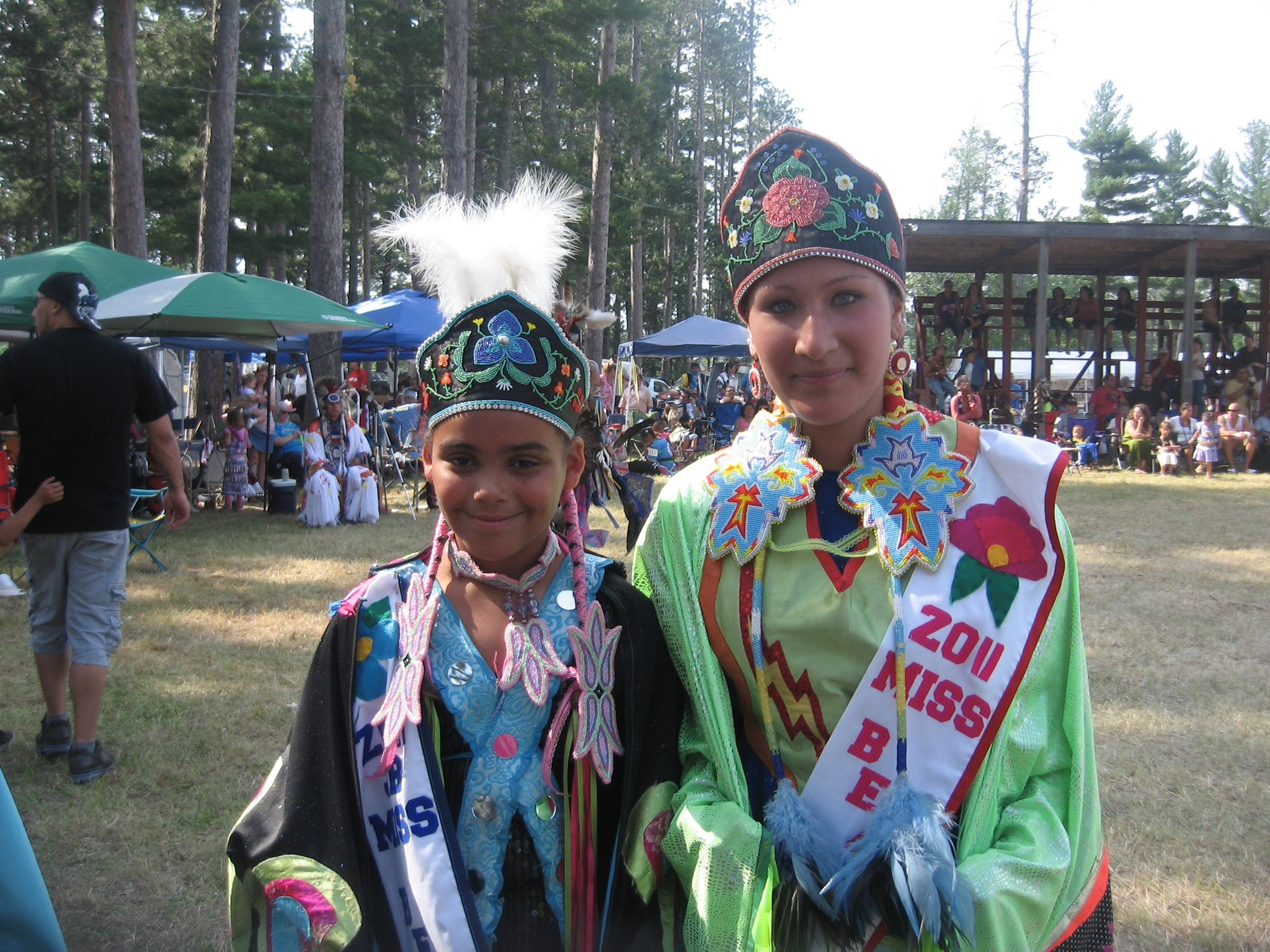 Melissa Maki's beaded work blended beautifully with the traditional attire the young women wore at a Pow Wow. (Picture provided by Melissa Maki)