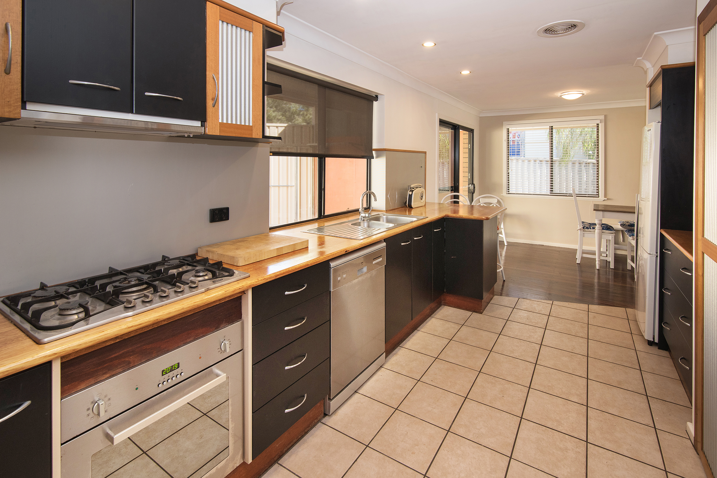 15 Townview Tce 2.jpg