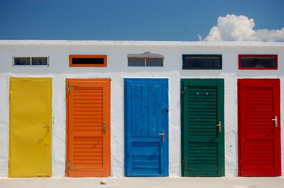 closed-door-791954_960_720.jpg
