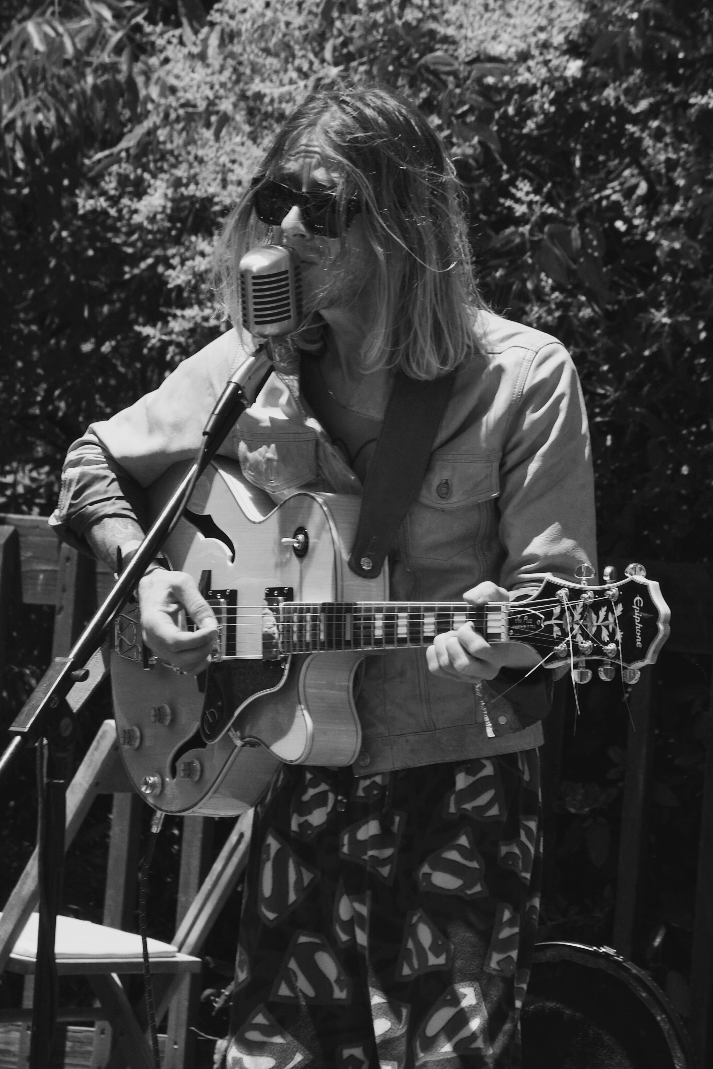 Christopher Owens of Curls