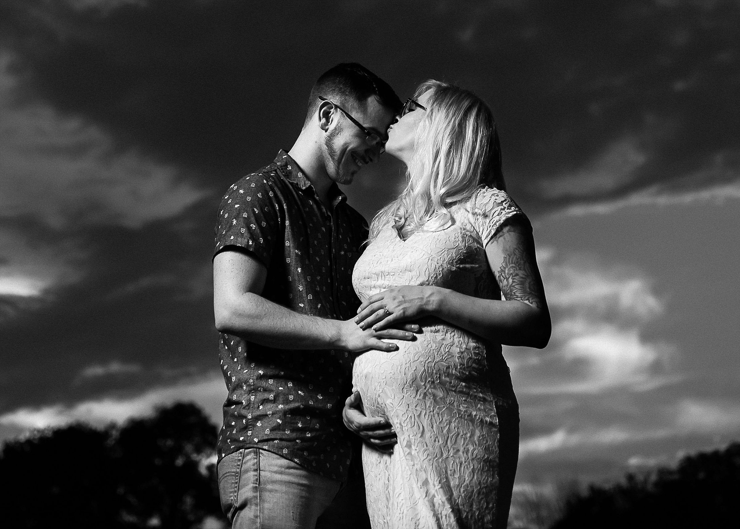 Indianapolis maternity photography avon town hall park (23).jpg