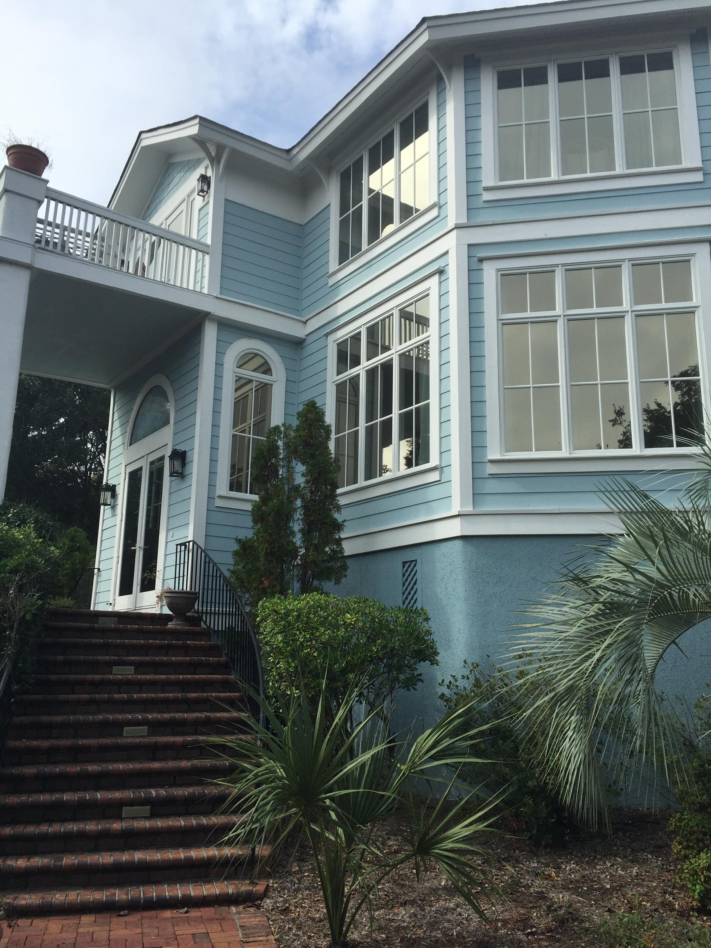 Wanderlust-blog-Wild-Dunes-South-Carolina-building-blue