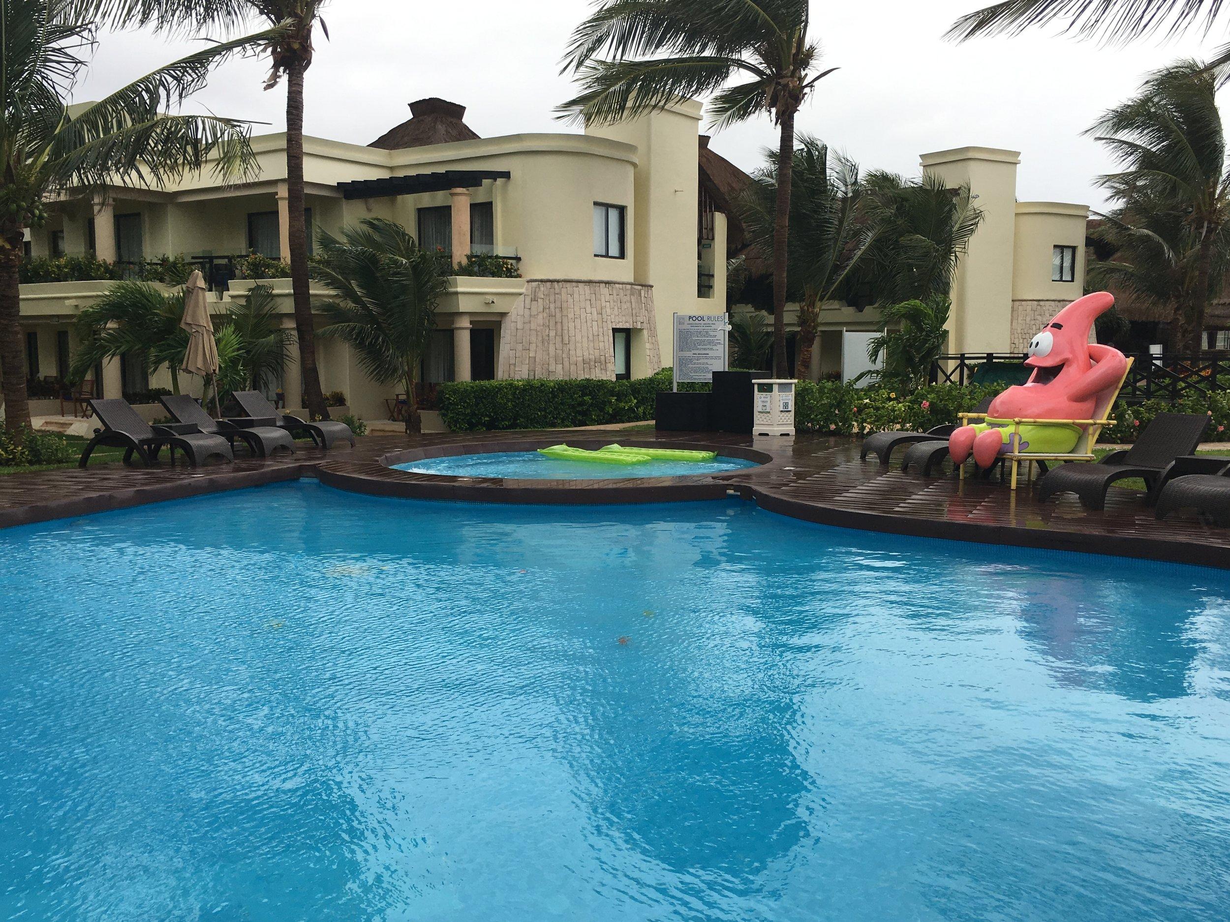 Wanderlust-blog-Azul-Beach-pool