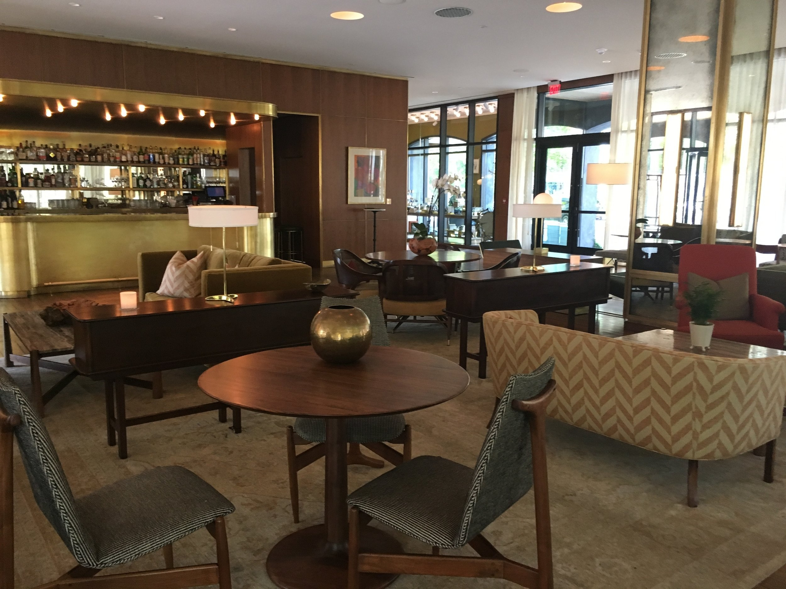 Wanderlust-blog-Dewberry-Charleston-boutique-hotel-lobby