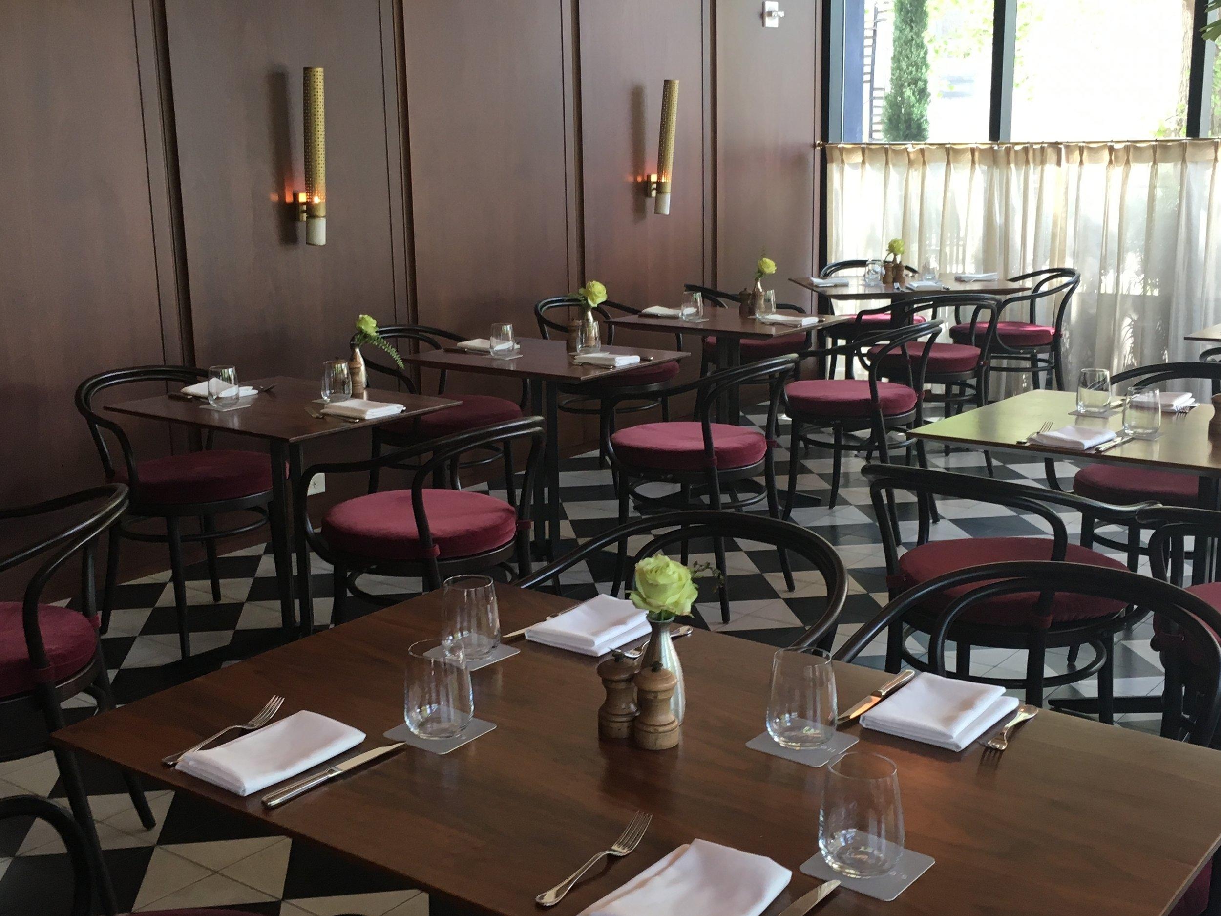Wanderlust-blog-Charleston-Dewberry-Henriettas-restaurant