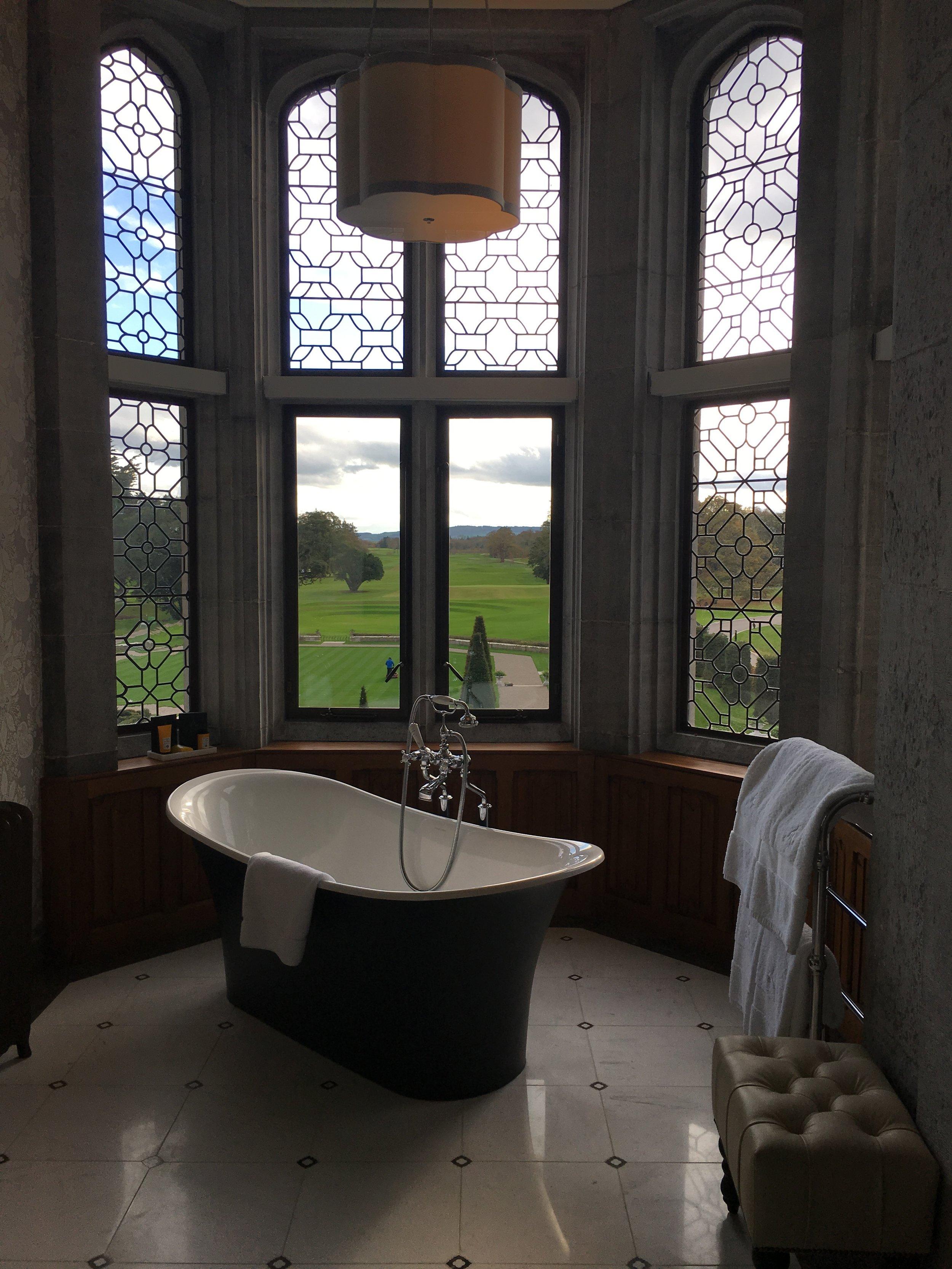 Wanderlust-blog-Adare-Manor-beautiful-bathroom