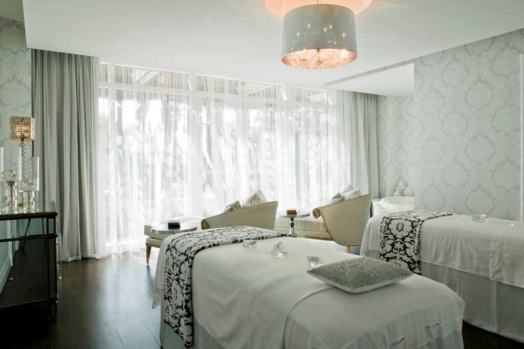 Wanderlust-blog-Eau-Palm-Beach-spa