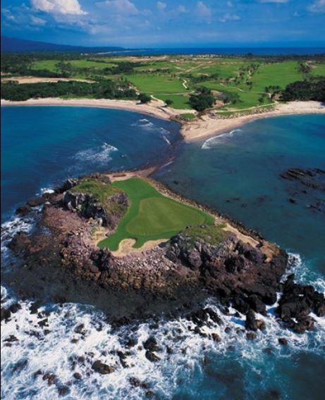 Wanderlust-blog-Mexico-Punta-Mita-golf
