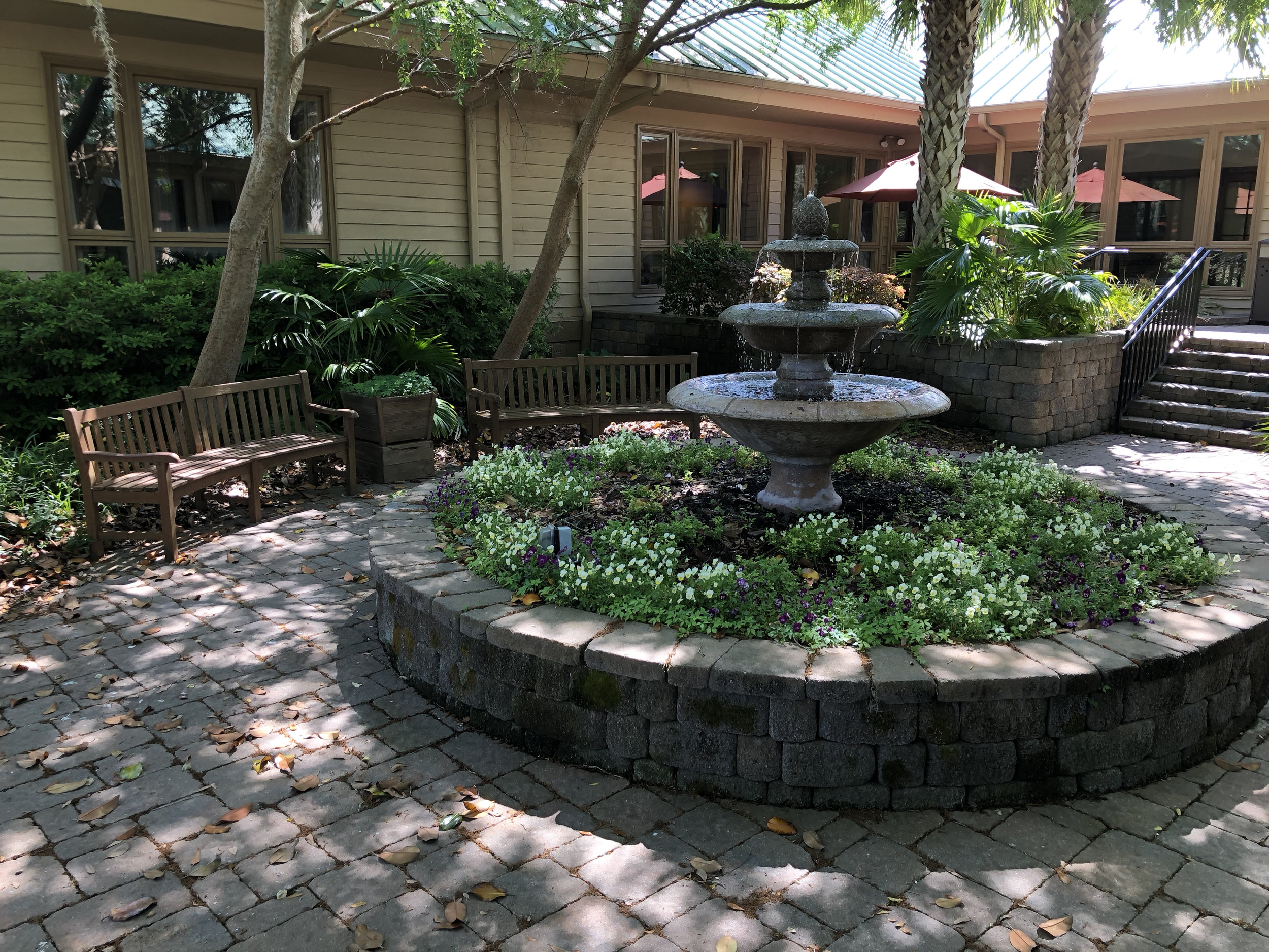 Wanderlust-blog-wellness-retreat-Hilton-Head-relaxation-area