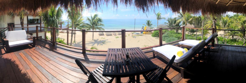Wanderlust-Travel-blog-Hotel-Esencia-beachfront-room