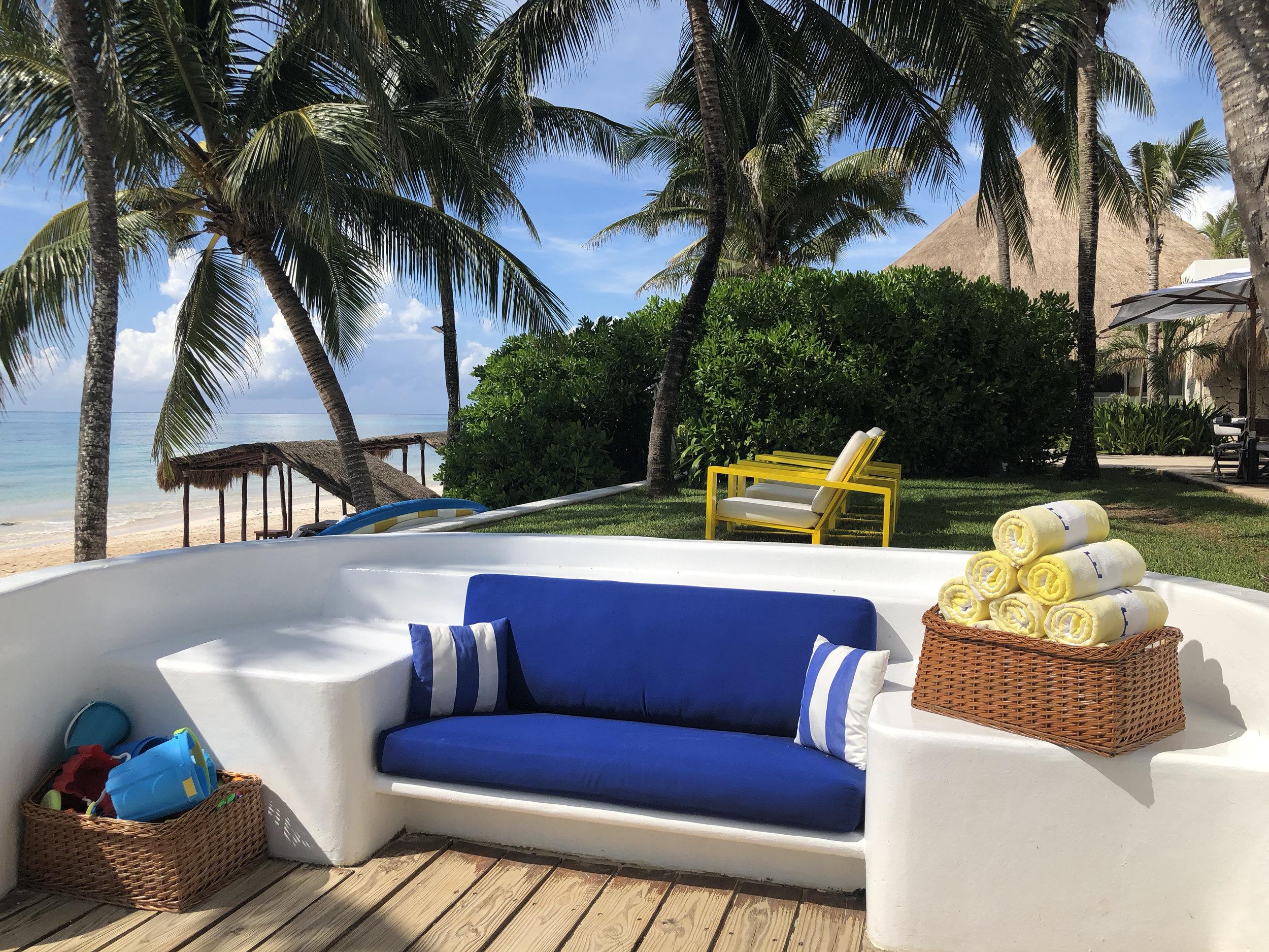 Wanderlust-Travel-blog-Hotel-Esencia-beach