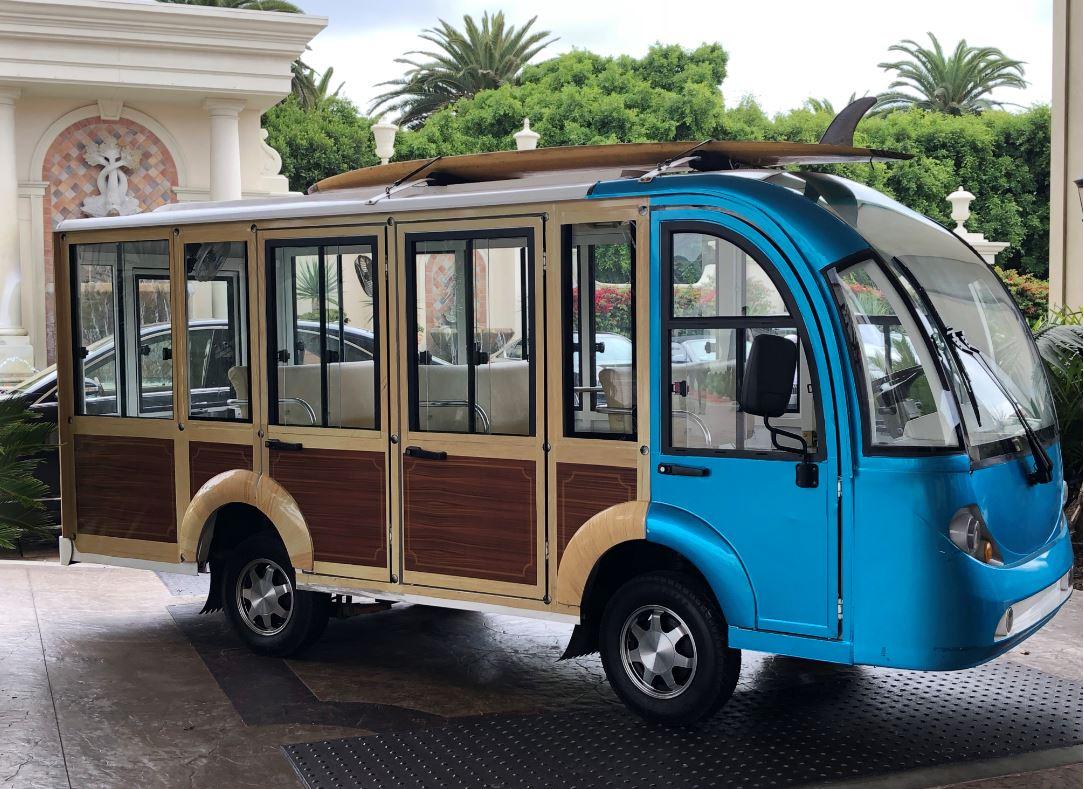Wanderlust-Travel-blog-Monarch-Beach-Resort-woody-shuttle