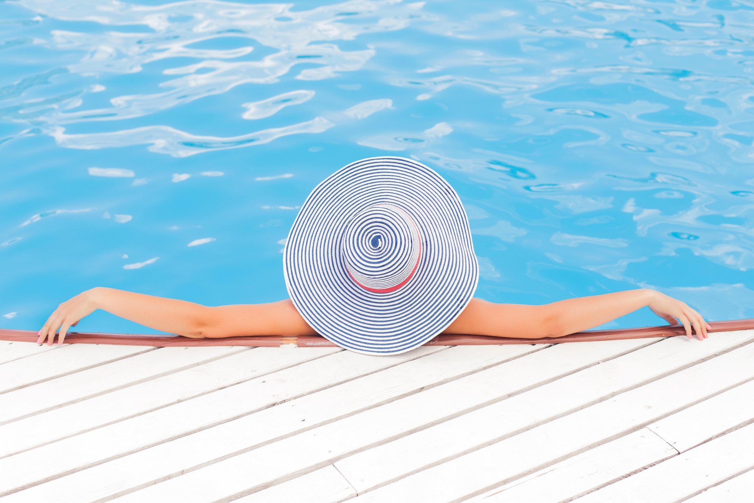 wanderlust-travel-blog-bachelor-bachelorette-travel-pool