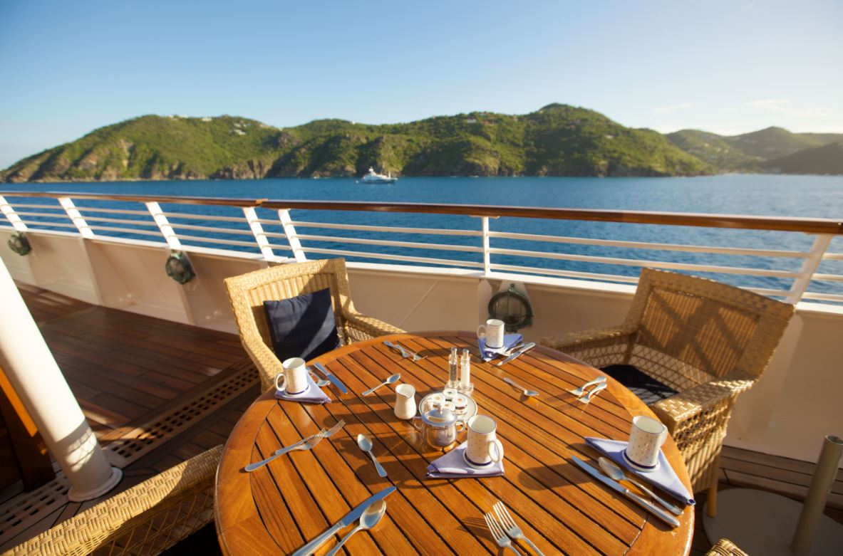 wanderlust-travel-blog-seadream-yachting-dining