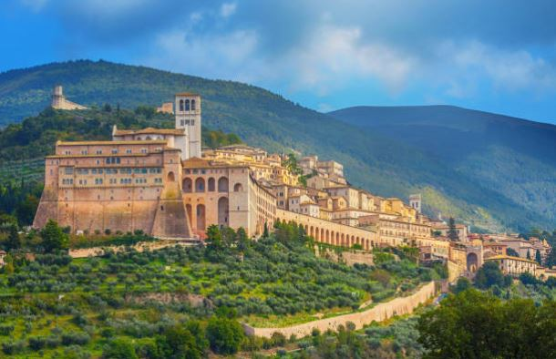 Wanderlust-Travel-blog-wellness-in-italy-umbria