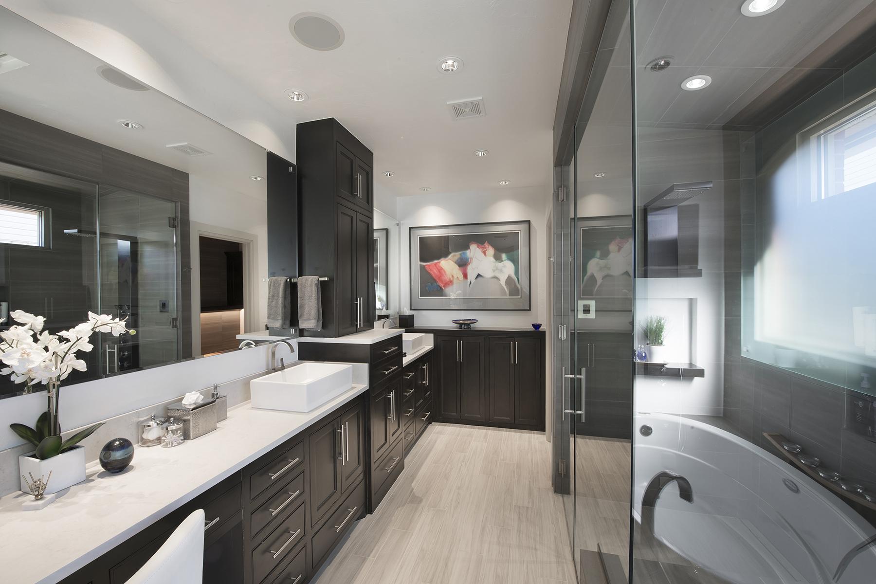 Cosmopolitan Modern Bathroom - Nichols Hills