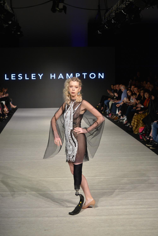 lesley hampton-3.jpg