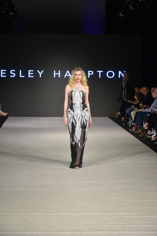 lesley hampton-4.jpg