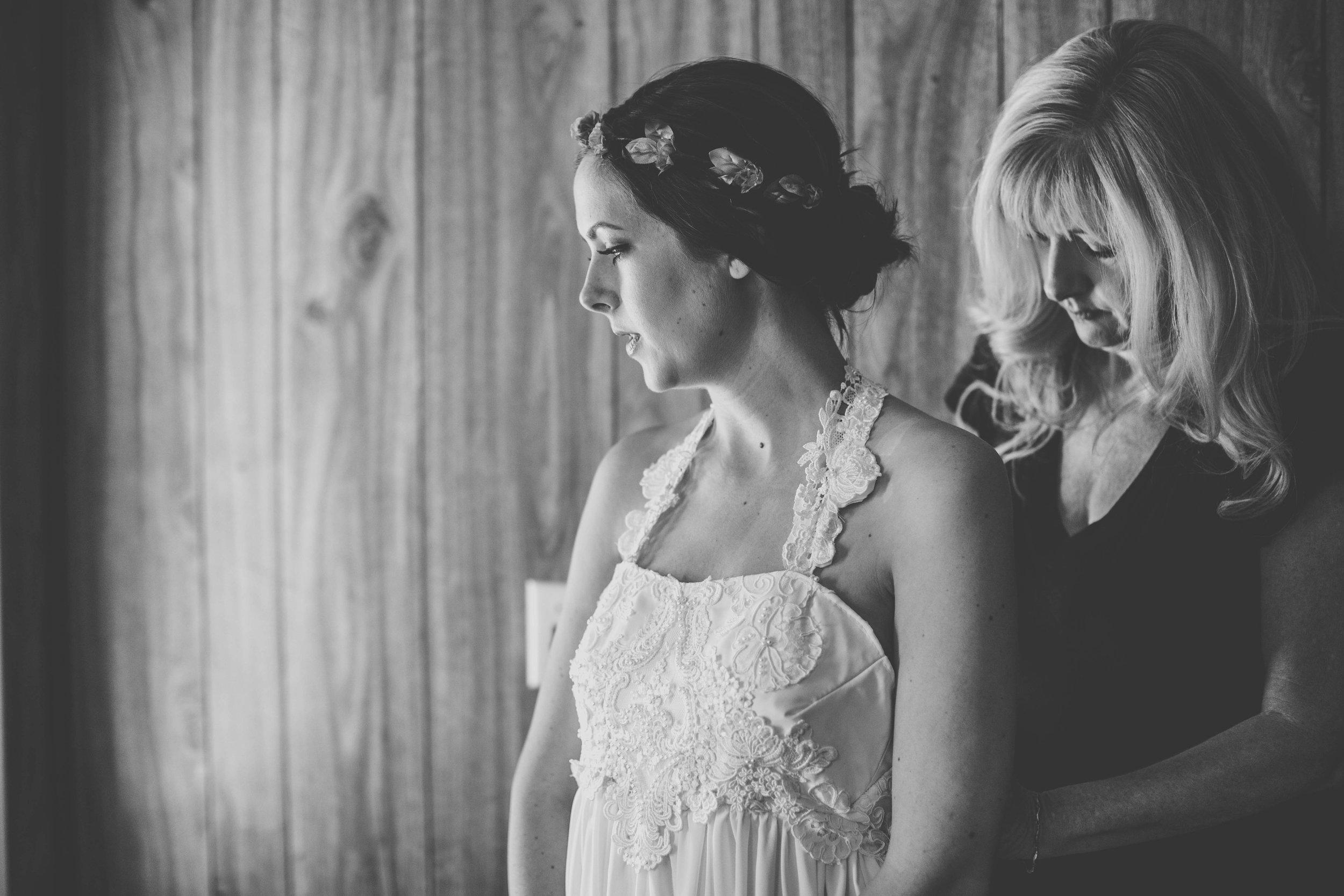 20141024-DePartee-Wedding-APavone-006-sm.jpg