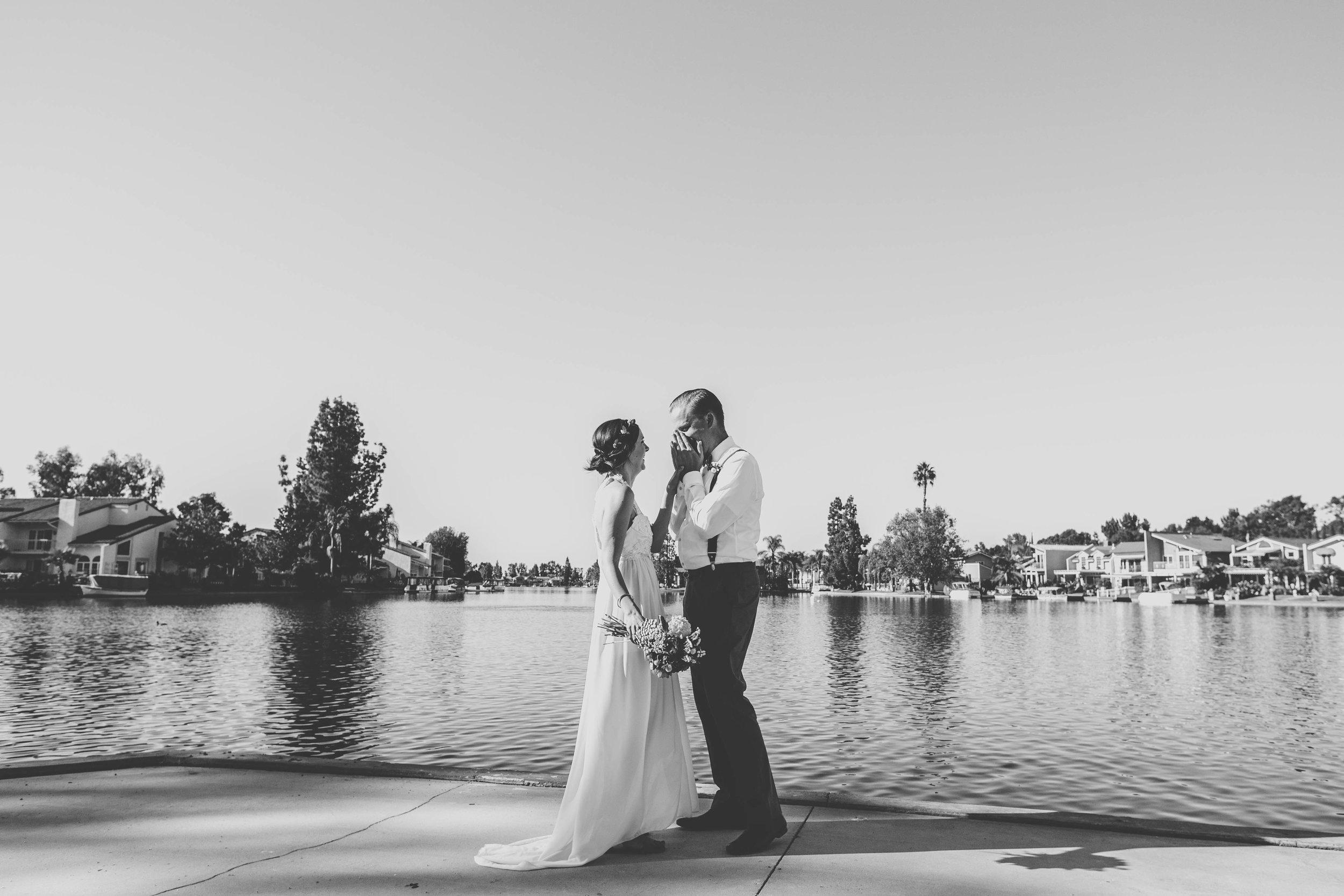 20141024-DePartee-Wedding-APavone-028-sm.jpg