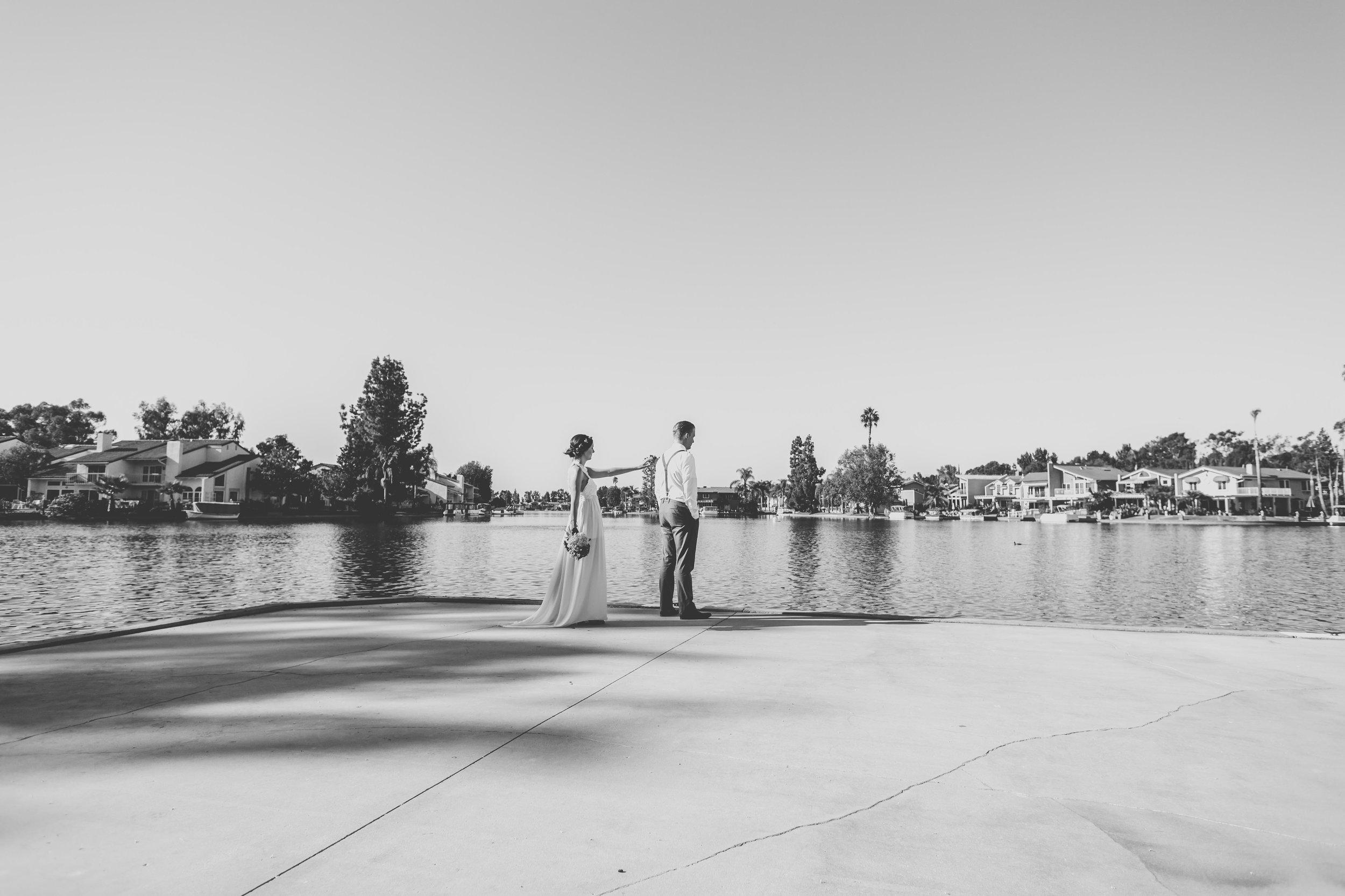 20141024-DePartee-Wedding-APavone-027-sm.jpg