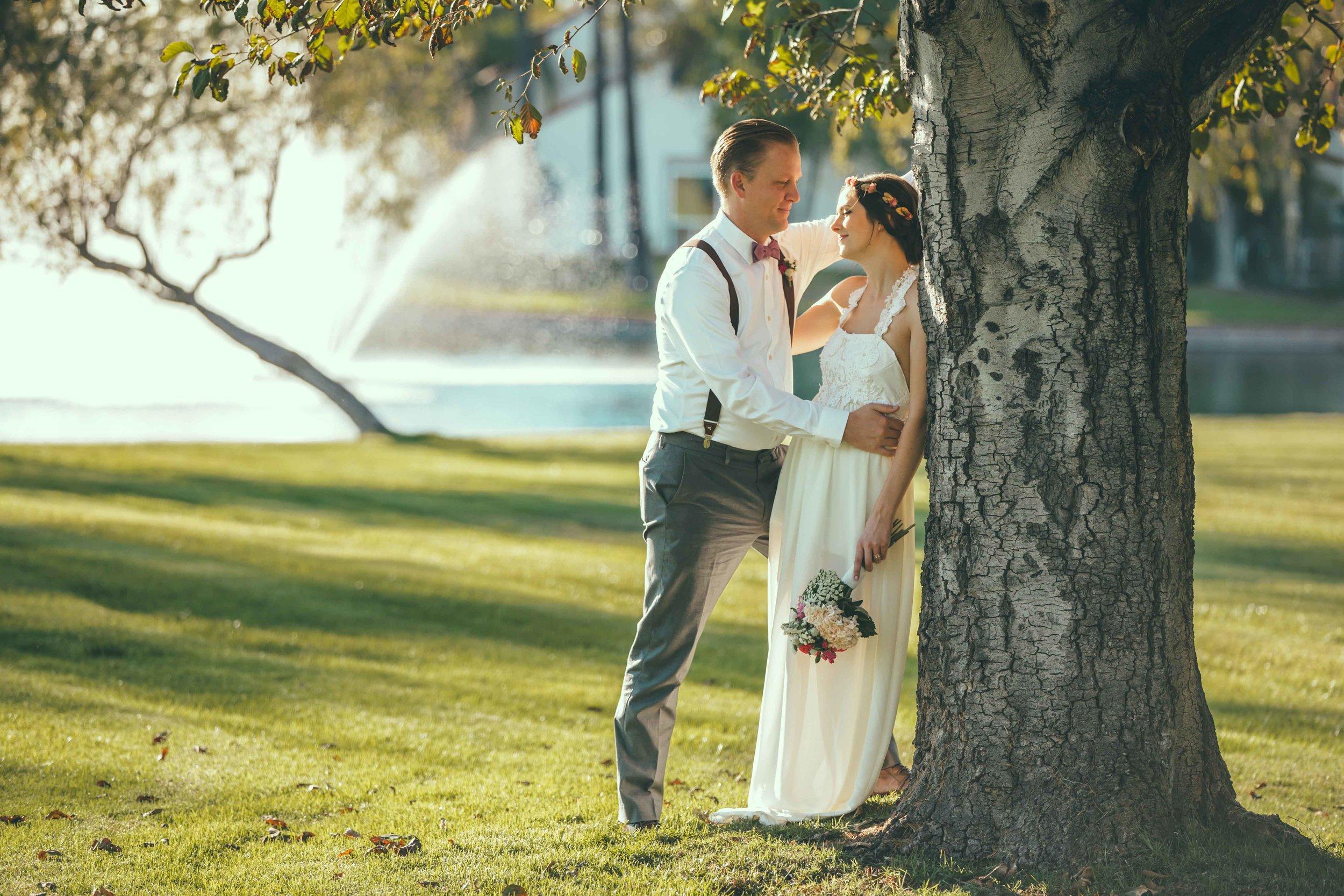 20141024-DePartee-Wedding-APavone-040-sm.jpg