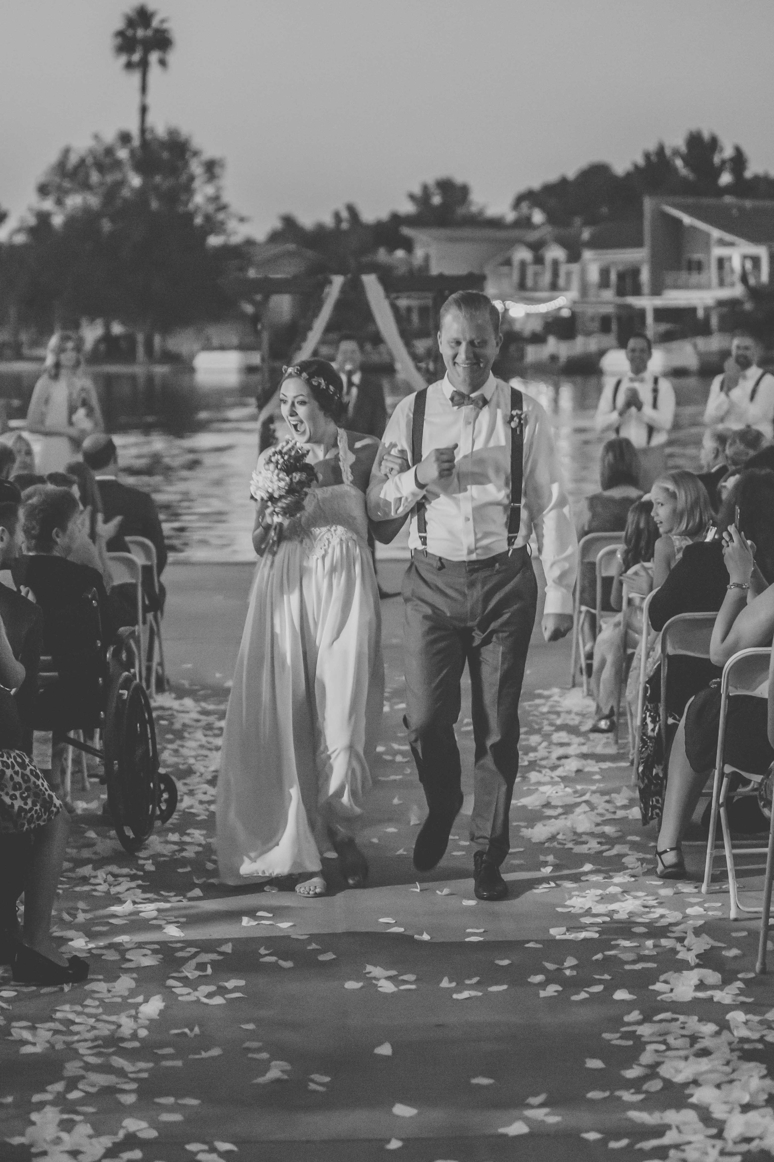 20141024-DePartee-Wedding-APavone-052-sm.jpg