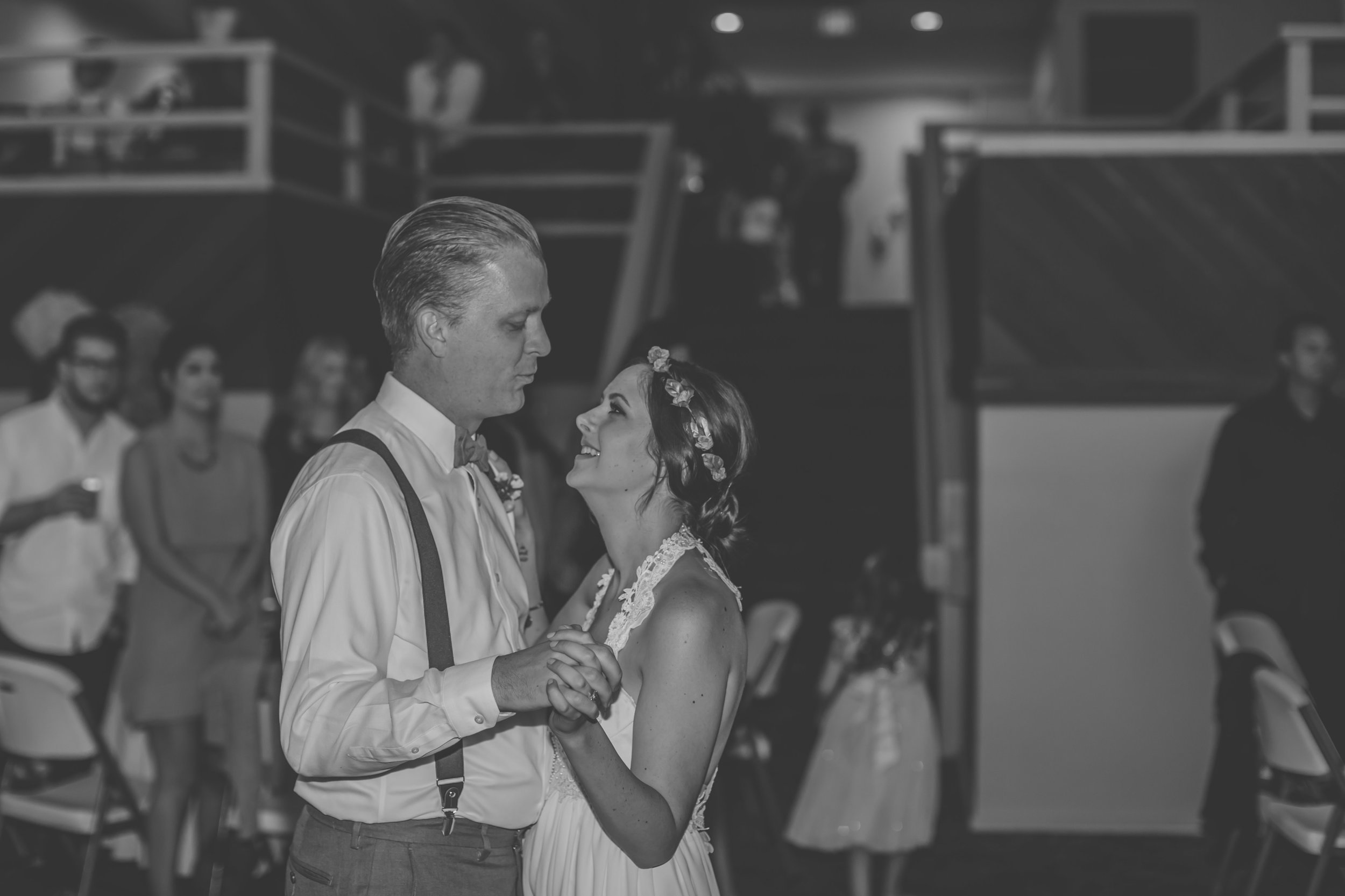 20141024-DePartee-Wedding-APavone-055-sm.jpg