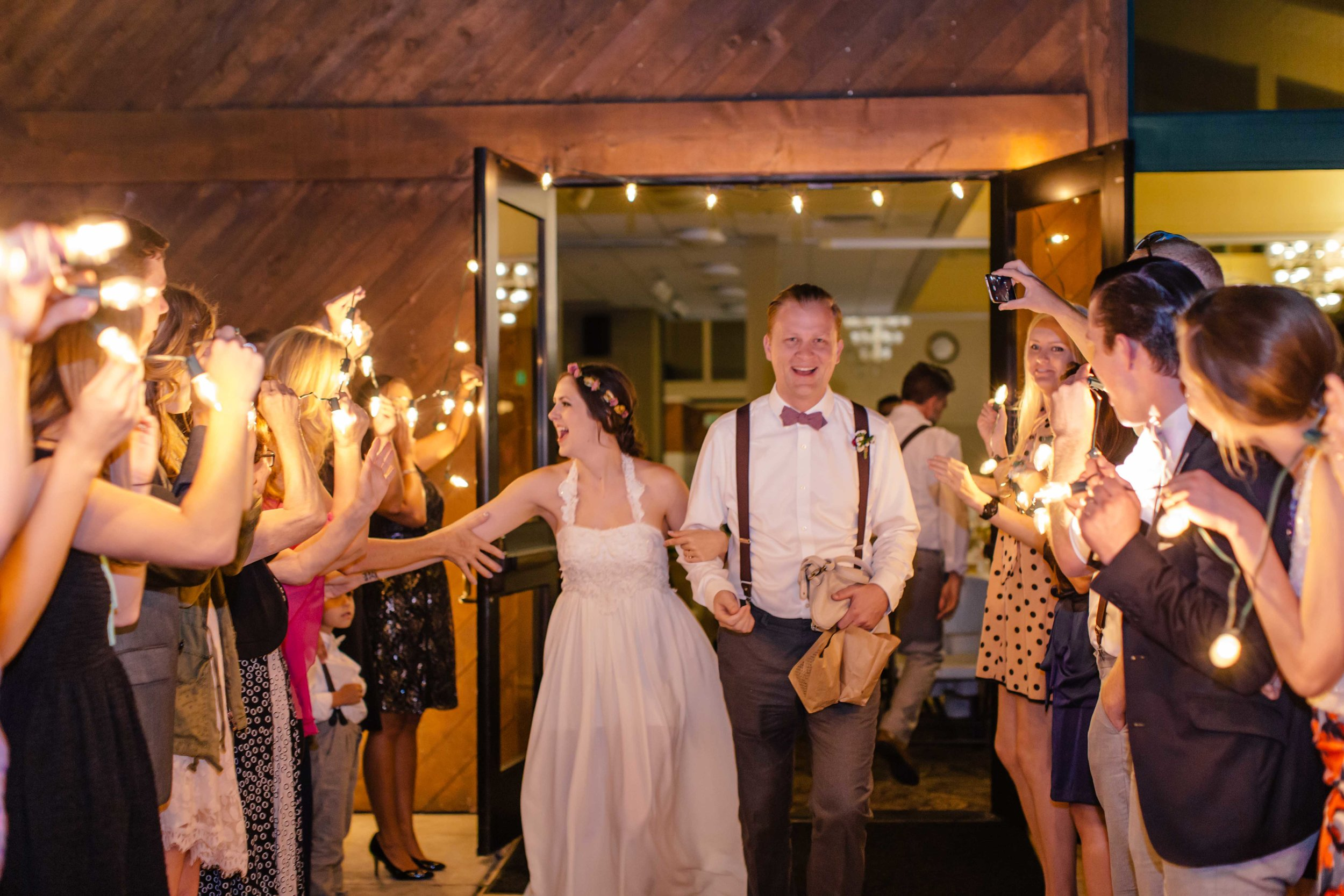 20141024-DePartee-Wedding-APavone-064-sm.jpg