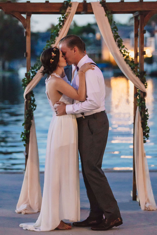20141024-DePartee-Wedding-APavone-065-sm.jpg
