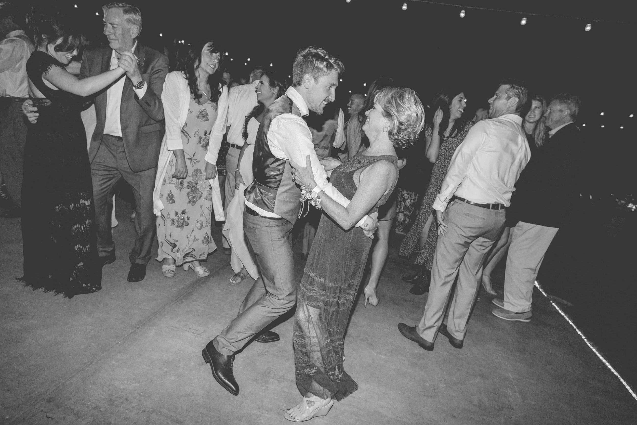 2015-Perkinson-Wedding-GerrysRanch-0225-web.jpg