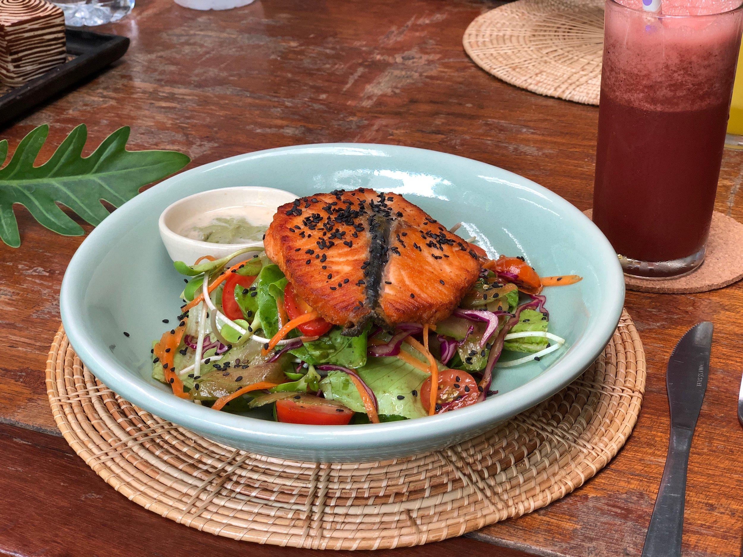 greenlight_salmon_salad.jpg