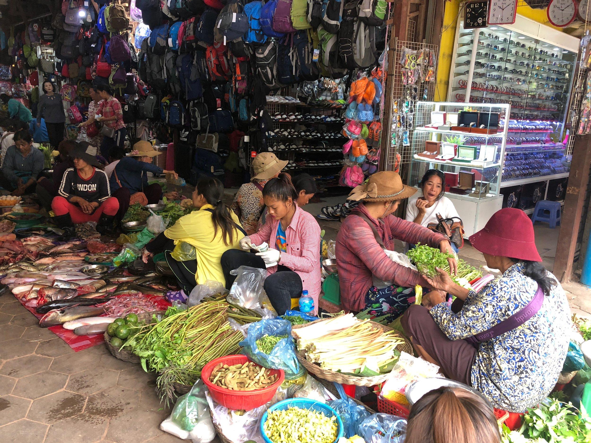 old_market_farmers_market.jpg