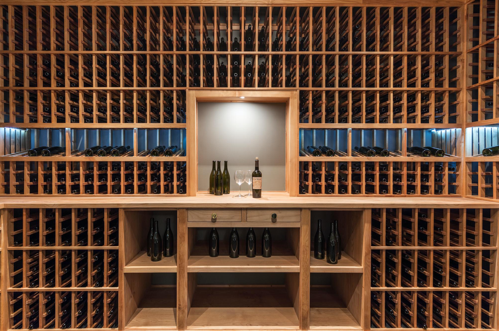 1172_NapoliDr_Wine